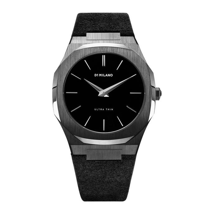 オールブラックのシックな時計