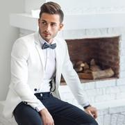 白ジャケットのメンズコーディネート特集。おしゃれ男を作る着こなし術 | Smartlog