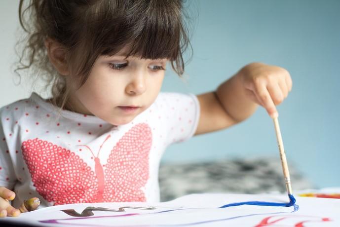 4歳の女の子に贈る誕生日プレゼントはおもちゃ以外