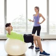 バランスボールのおすすめ10選。効果的な筋トレを実現する人気器具とは | Smartlog