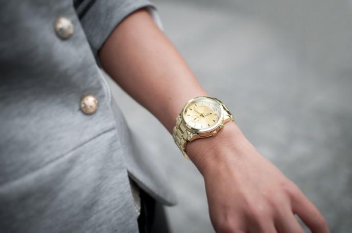 40代_50代の妻のクリスマスプレゼントに腕時計.jpg