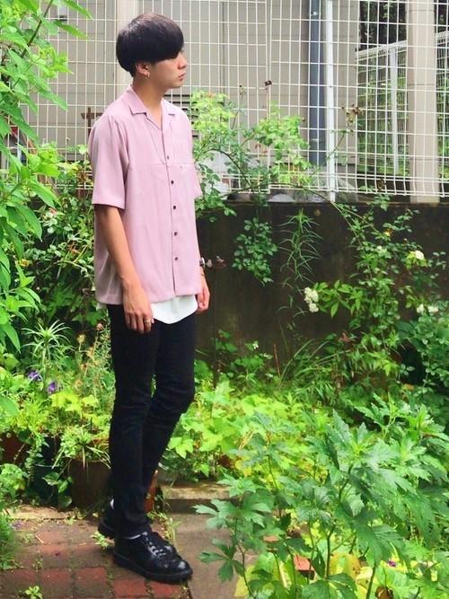 ピンクシャツを使ったレイヤードコーディネート