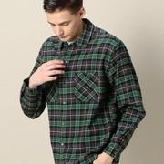 緑チェックシャツのメンズコーデ術7選。おしゃれな着こなし方を徹底ガイド | Smartlog