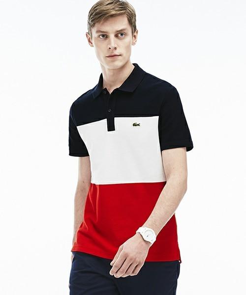コーディネートで使用されているトリコロールポロシャツ
