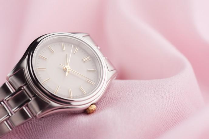 彼女へのクリスマスプレゼントにおすすめの腕時計.jpg