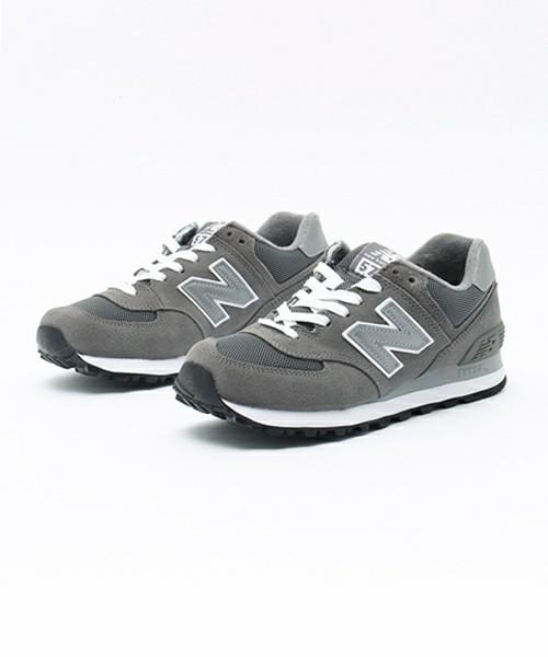 New Balance574のグレー