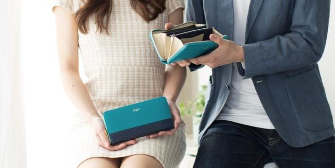 ペアグッズのプレゼントにJOGGOのペア財布.jpg