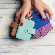 女性が喜ぶ名刺入れのプレゼント。おすすめのレディースブランドとは | Smartlog