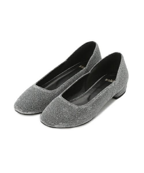 女性へのクリスマスプレゼントの靴ブランドはスナイデル
