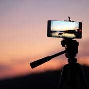 【iPhone7/Plus対応】集合写真に最適なおすすめスマホ用三脚10台 | Smartlog
