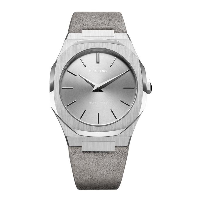 落ち着いた色の時計