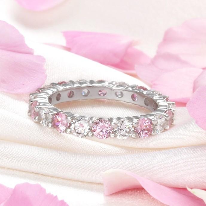 彼女の誕生日プレゼントにニューヨークからの贈り物のピンクアンドクリアリング.jpg