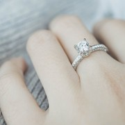 ディズニーキャラクターの指輪・ペアリング特集2017。愛する女性におすすめのリングとは | Smartlog