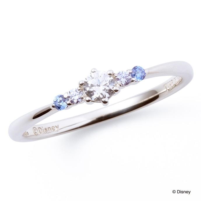 ディズニーアクセサリーのプレゼントにシンデレラの指輪.jpg