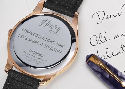 時計への刻印