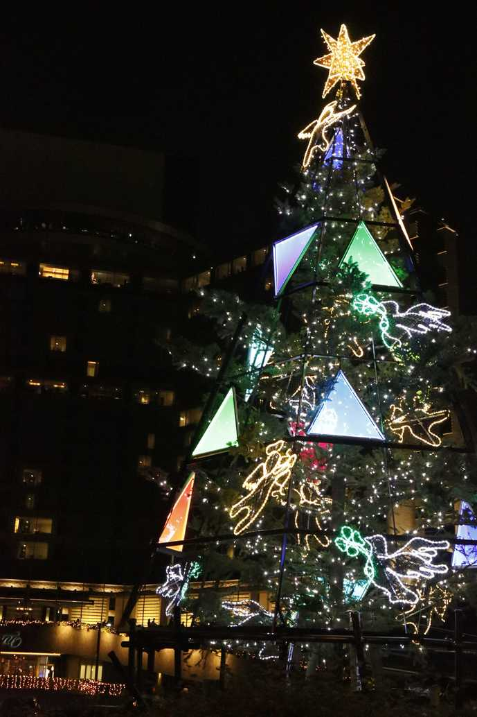 ホテルニューオータニのクリスマスツリー