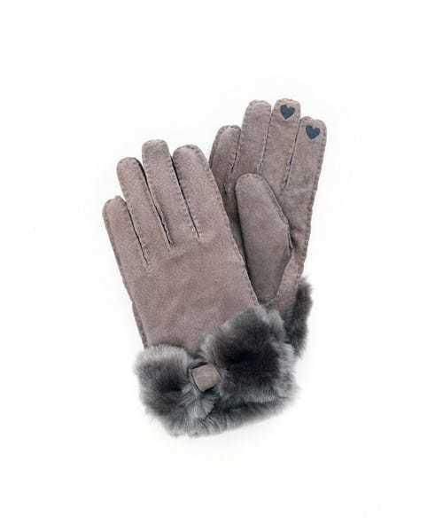 彼女へのホワイトデーのお返しはアフタヌーンティーの手袋