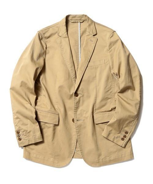 BEAMSのベージュジャケット