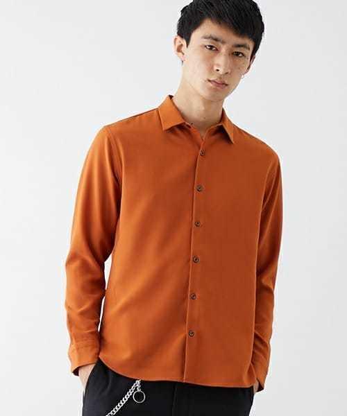 ウールのような質感のシャツ