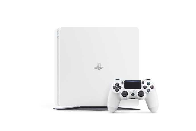 PS4_2000_White_02.jpg