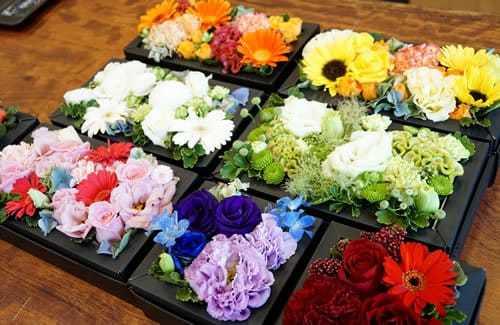 ホワイトデーに彼女にお返ししたい花はフラワーボックス