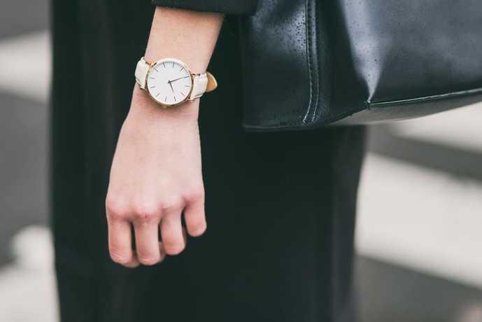社会人の彼女へのホワイトデーのお返しに腕時計
