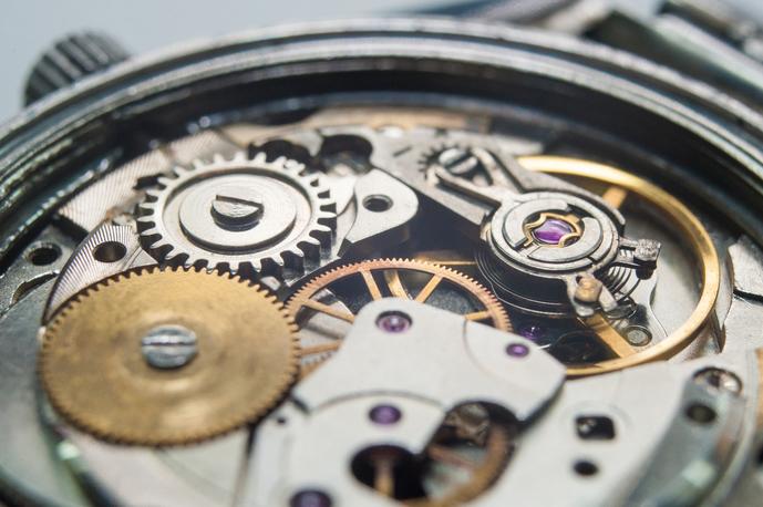伝統的な高級腕時計「カルティエ」