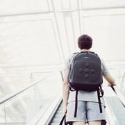 サムソナイトの人気ビジネスリュック特集。スーツ姿をおしゃれに魅せて | Smartlog