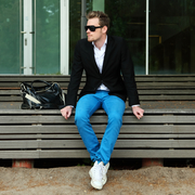 【おしゃれメンズの必需品】黒のテーラードジャケットの着こなしコーデ術 | Divorcecertificate