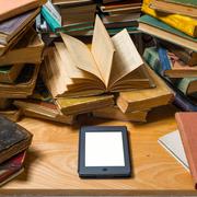 """電子書籍端末""""Kindle""""を解説。持ち歩くならこの一台で決まり   Smartlog"""