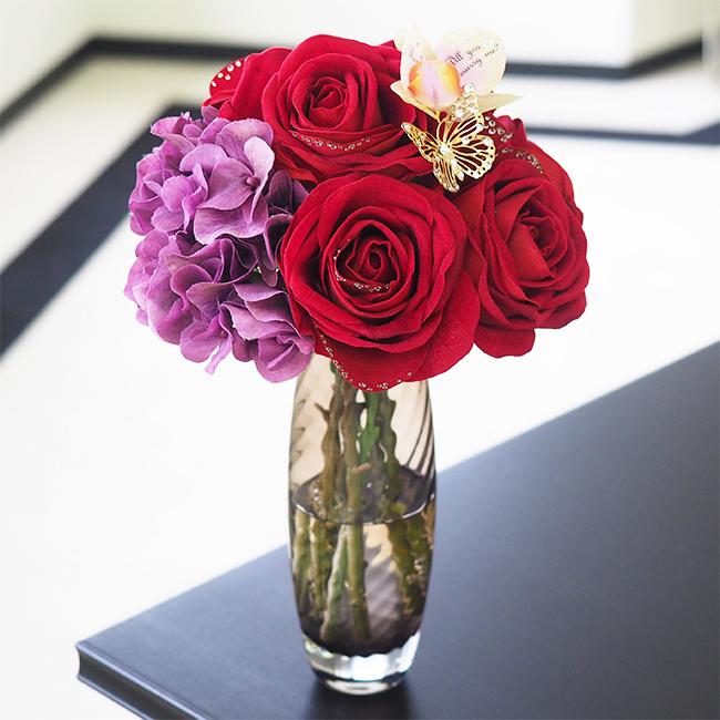 彼女の誕生日プレゼントにメリアルームのバラの花束.jpg