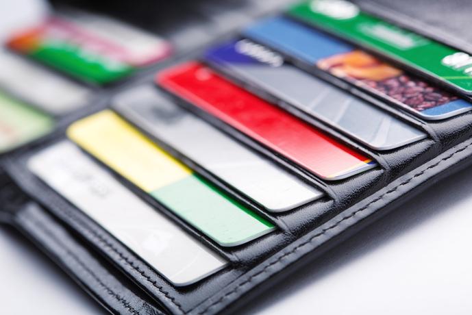 自分に適切なクレジットカードを選んで、上質なクレカライフを