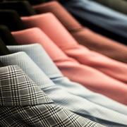 ギンガムチェックシャツの着こなしコーデ術。清涼な1着で爽やかメンズに | Smartlog