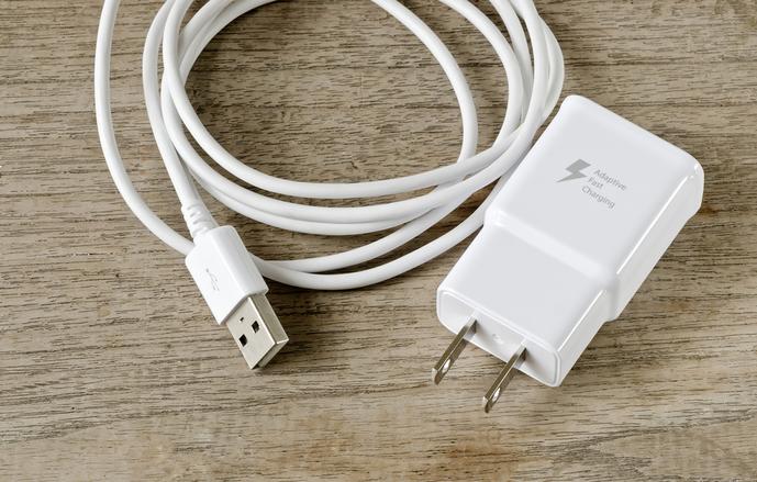 Bluetoothスピーカーは充電式か電源式か