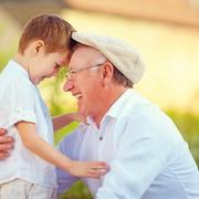 70代の父親が喜ぶ父の日プレゼント。10個のおすすめアイデアまとめ | Smartlog