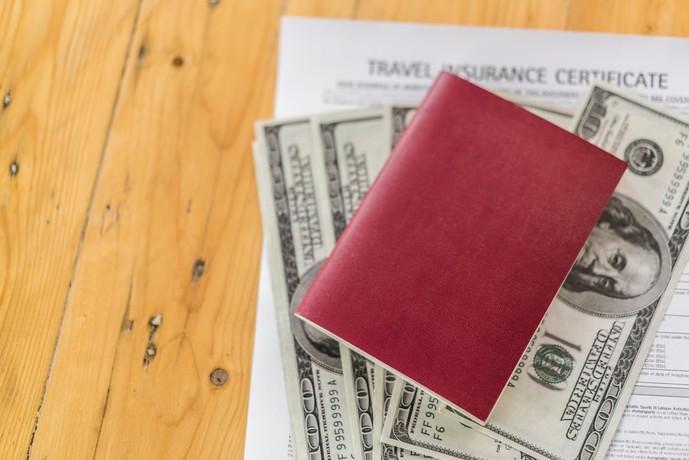 セゾンゴールドアメックスカードの特典で海外旅行保険