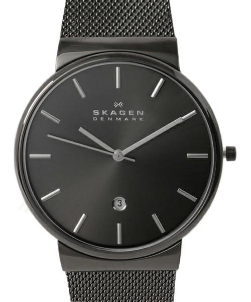 黒のスカーゲンの腕時計