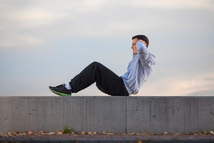 シットアップトレーニングを解説
