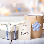父の日のおすすめ人気プレゼント。60代の父親が喜ぶギフトとは | Smartlog