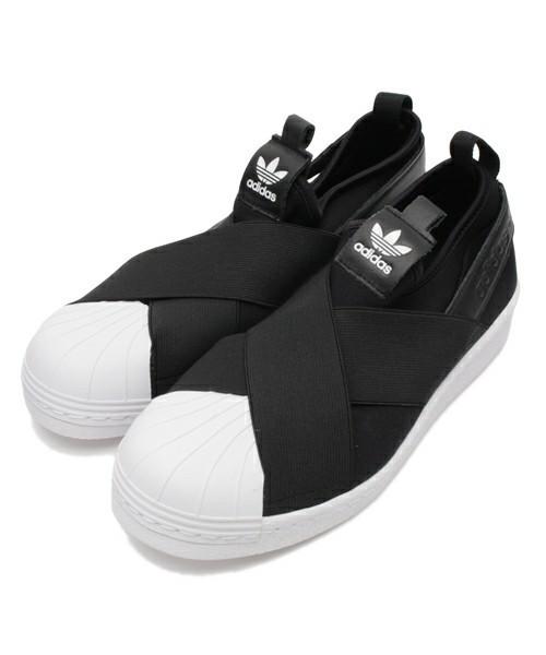 黒スニーカーadidas
