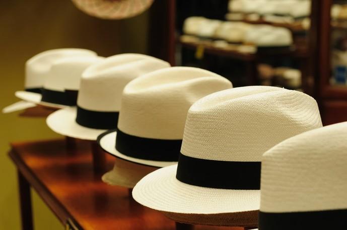 60代のお父さんに渡したい父の日プレゼントは帽子