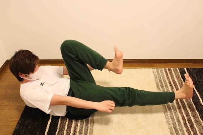 自宅で行える自重ハムストリングトレーニング