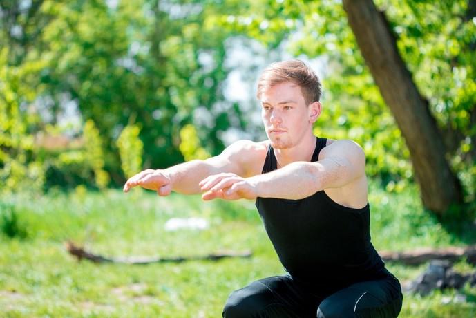 ヒラメ筋を鍛えられるフロッグジャンプトレーニング