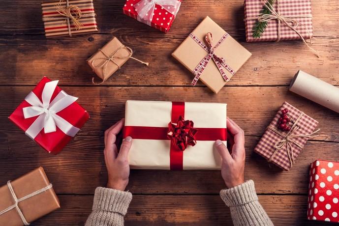 クリスマスプレゼントに贈りたいお菓子