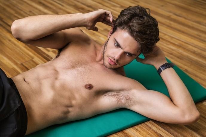 大腿直筋と腸腰筋を鍛えられるトレーニング