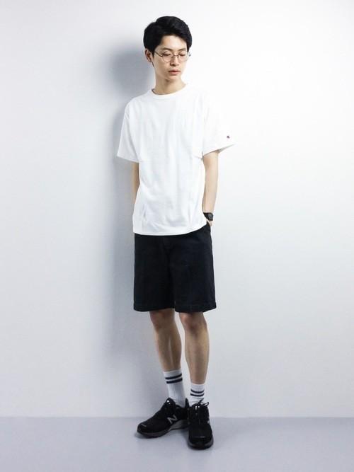 白Tシャツを使ったメンズコーディネート