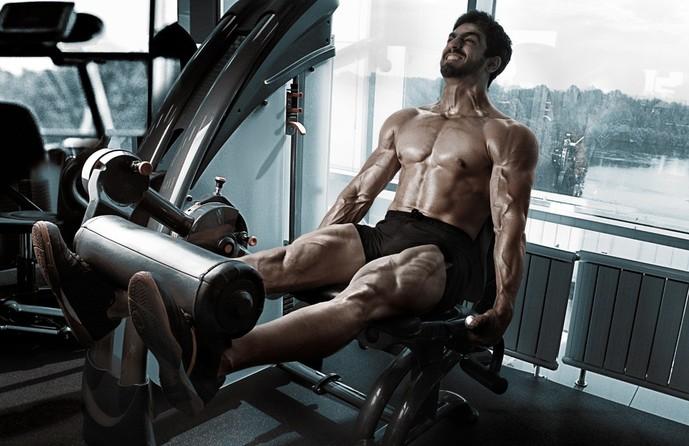 大腿四頭筋を鍛えられるレッグエクステンション