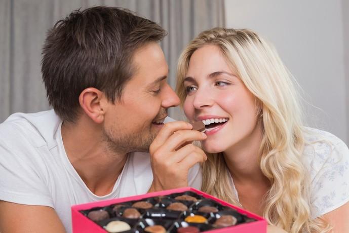 彼氏彼女へお菓子をクリスマスプレゼントで贈る時