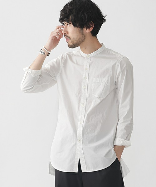 コーディネートに使用しているバンドカラーシャツ