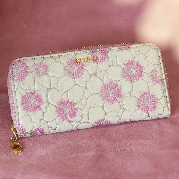 彼女への3年記念日のプレゼントにエーテルの財布.jpg